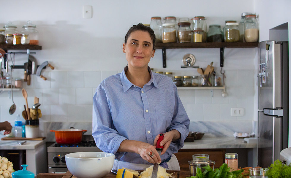 Paola Carosella、世界中の有名レストランで働いていた熟練シェフ